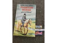 Phantom horse book with 3 mini brand toys!