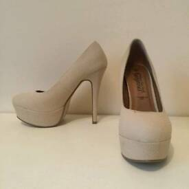 Heels - Beige worn once