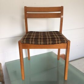 4 Retro 1970s Chairs - for Upcyling