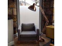 Cosy basement room in a recently refurbished flat. Ace location near Holyrood. Big, friendly dog!