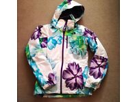 The North Face Snow Cougar Insulated Snow Jacket XS White with Print
