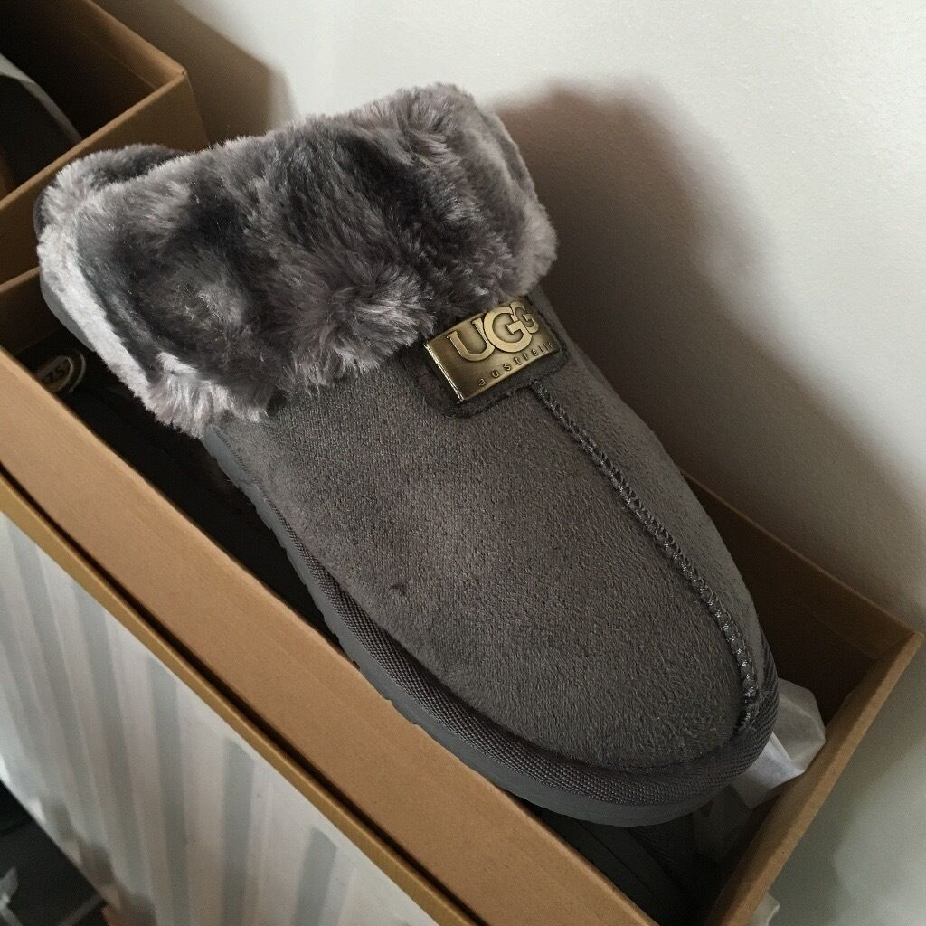 Ladies Ugg Slippersin Middlesbrough, North YorkshireGumtree - Ladies if slippers available in 5 colours in sizes 3 8 can deliver for a small fee very good quality ideal for Christmas or Birthday present