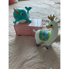 Girls figures toys