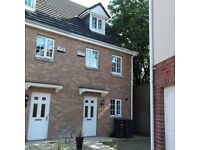 Stunning three bedroom town house in Brynmawr with garage £650 pcm, ready to move straight in