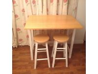 Space -saving kitchen table / breakfast bar and stools
