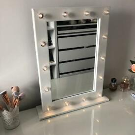 Dressing table mirror - Hollywood style