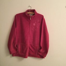 Ladies Pink Fleece Jacket. Size L/XL Never Worn
