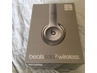 BEATSSOLO2 WIRELESS BEATS BY DRE SPACE GRAY NEW AND SEALED