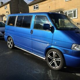 Volkswagen T4 Caravelle - Blue in great condition, only 134,981 miles
