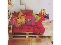 Custom Built Pallet Sofa / Chair - Free - Collection Only