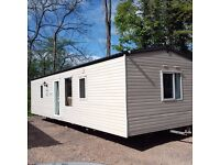 CENTER LOUNGE RIVERDALE 35 X 12 2 BED / 2 SHOWERS & 2 TOILETS