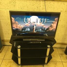 "Hitachi 32"" LED Tv Good condition Free Delivery"