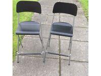 2 high bar stools