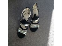 Ladies black & gold high heels size 6 Little Mistress worn a couple of times