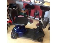 CARECO CAR BOOT SIZED MOBILITY SCOOTER WITH NEW BATTERIES FITTED, CARRIES 18 STONE
