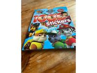 Paw Patrol 1000 stickers book
