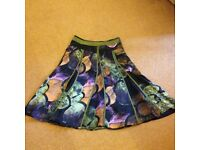 Apanage Collection, Size 12, Bright & Stylish Ladies Skirt