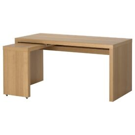IKEA MALM Corner Extendable Desk in Oak Veneer