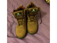Mountain horse boots size 5 muck bootsq