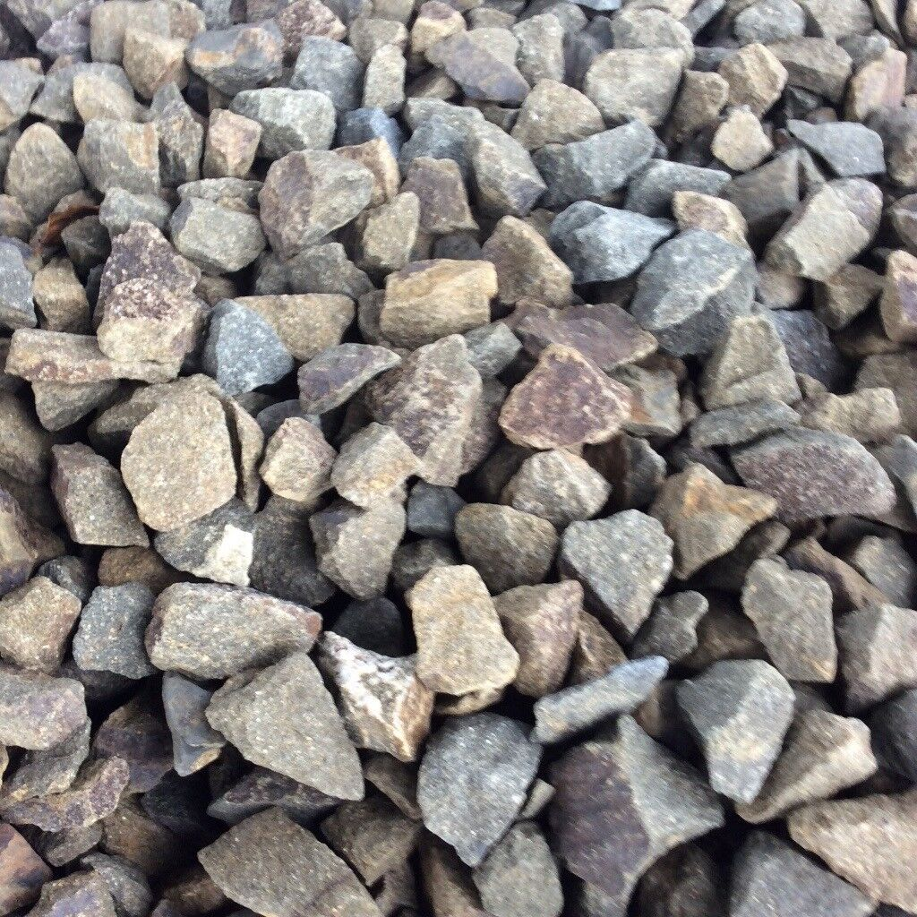 20 mm highland mix garden and driveway chips/stones