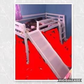 Mid sleeper with slide