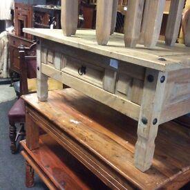 Corona coffee table with drawers