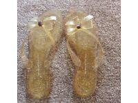 Glitter gold Kurt Geiger flip flops size 7/41 *new*