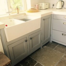 Freestanding traditional country kitchen solid wood timber tops