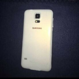 Used phone for sale wana 80£ with box and everything.