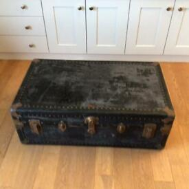 Vintage storage/travel trunk