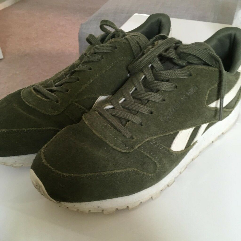 647a2cd31159 Ladies Olive Green Reebok classics trainers