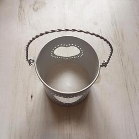 Metal heart bucket