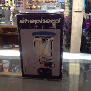 Shepherd Model 901 Propane Lantern (H9WLWE)