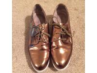 Worn Gold Pumps UK 8 (TOPSHOP)