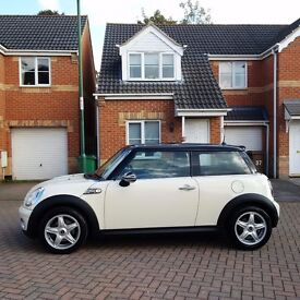 MINI COOPER WHITE, MOT JULY 2017, LEATHER INTERIOR, EXCELLENT CONDITION