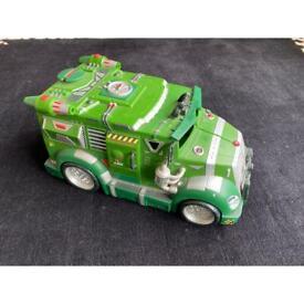 """Turtles Van for 5"""" Action Figures"""