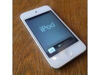 iPod touch 4th generation 32GB, no cracks, white version