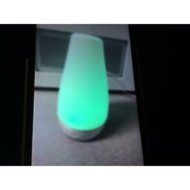 Changing colour aroma diffuser and humidifier