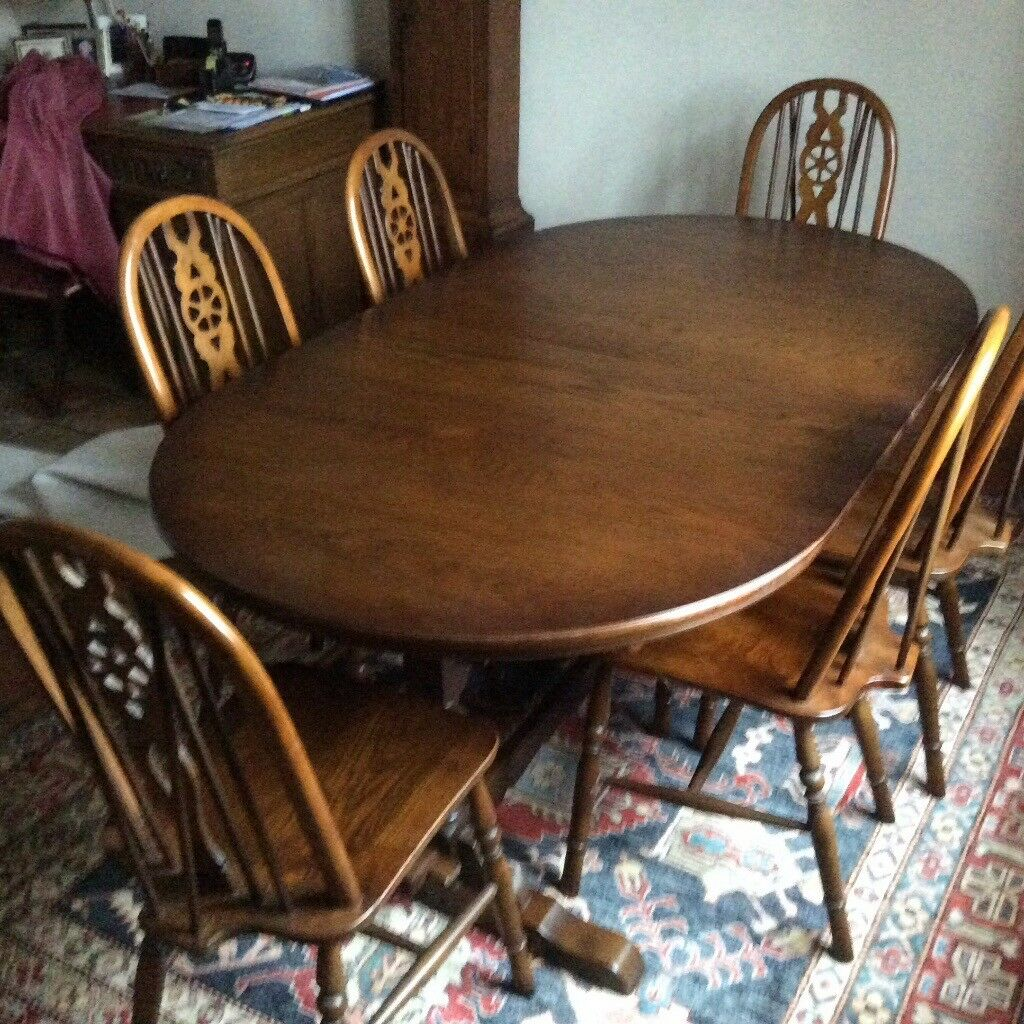 Old Charm Oval Extending Dining Table And 6 Chairs In