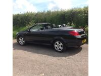 Convertible Astra twin top, 1.6 black, reliable 12 months MOT, 72600 miles