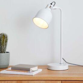 Ajustable Task Lamp