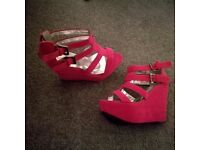 Brand new pink wedge size 5