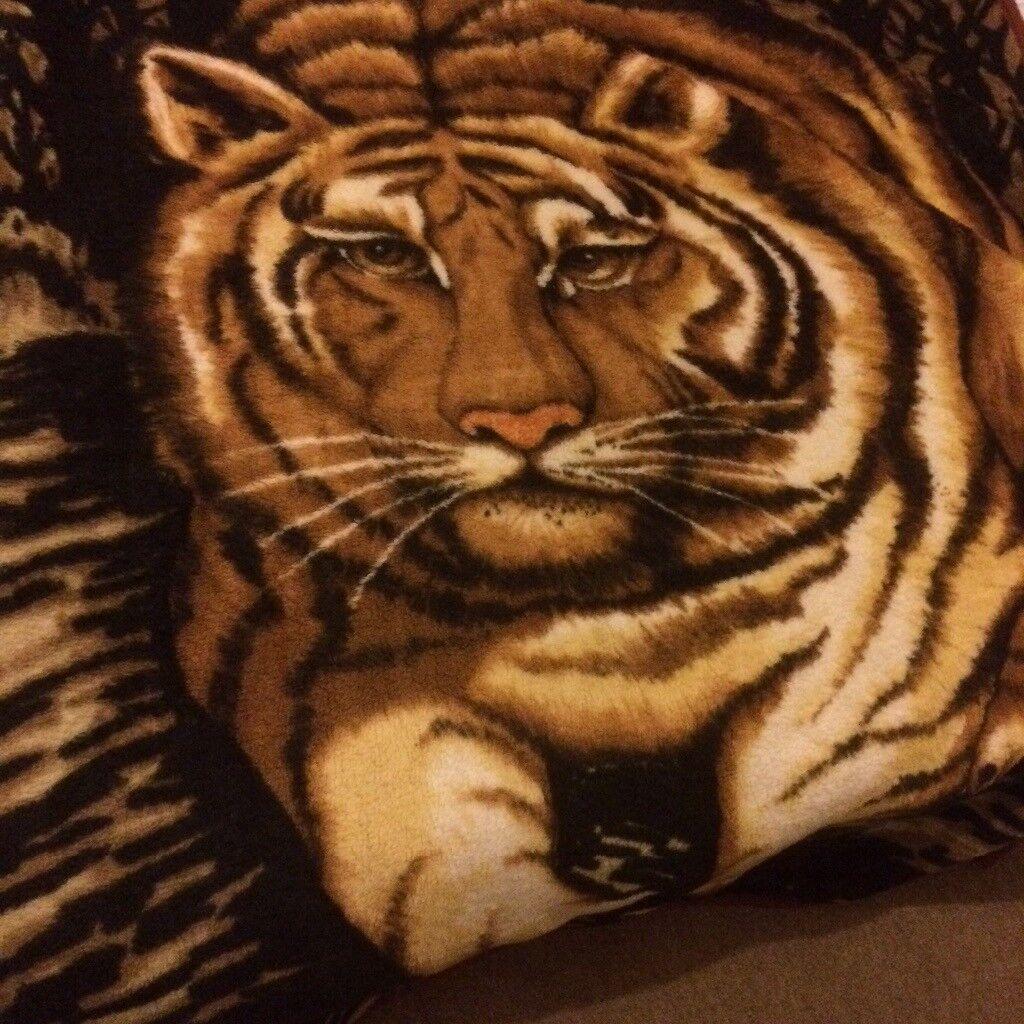 Tiger Design, Super Warm Blanket