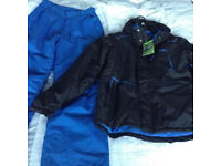 No Fear adults size small ski jacket and trousers set, new never used. Black ski jacket