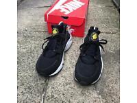 Nike air huarache trainers size 7.5