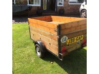 Trailer, great for camping, top lid great to separate loads eg camping,