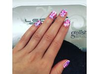 Gelish nails with Gem