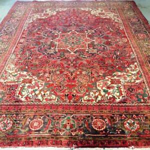 Heriz Antique Persian Rug, Handmade Carpet, Wool, Red, Beige, Green and Navy Blue Size: 10.7 X 7.11 ft