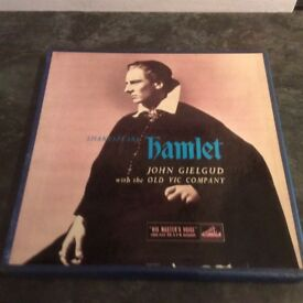 Shakespeare's Hamlet - John Gielgud with the Old Vic Company - 3 x LP Box Set