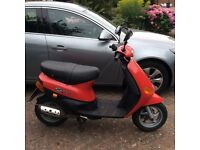 Piaggio Zip Scooter 50cc excellent condition 2747 miles, unrestricted engine 45mph plus 1 years MOT
